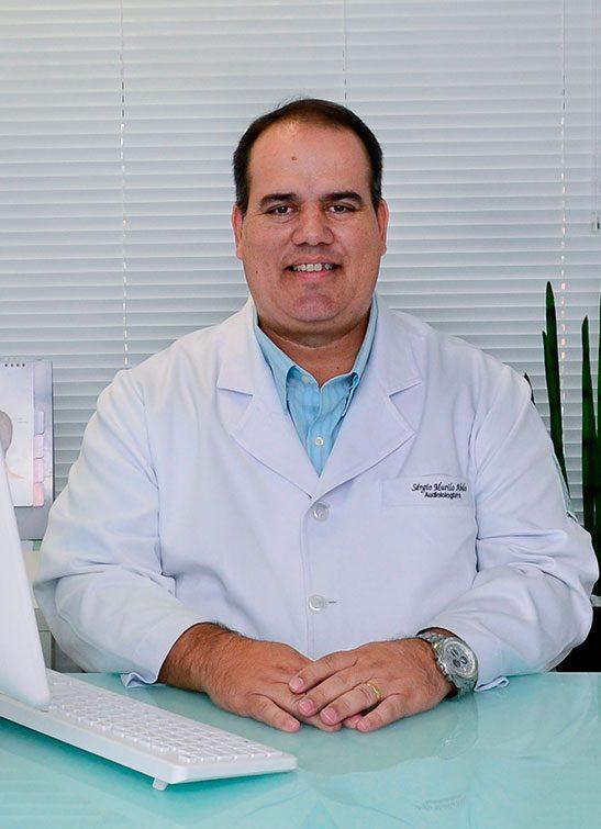 https://www.clinicacotta.com.br/site/cotta/wp-content/uploads/2019/05/fono-sergio-2-547x755.jpg